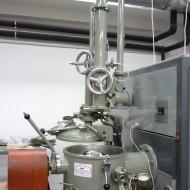 Leybold-Heraus vákuumindukciós kemence