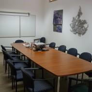 Intézeti tárgyaló és szakkönyvtár