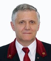 A tanszék jelenlegi vezetője Dr. Dúl Jenő kutatóprofesszor