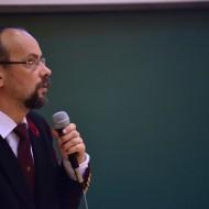 Prof. Dr. Palotás Árpád Bence, dékán.